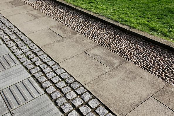 Paving Stone「Variety of paving surfaces, Cambridge University」:写真・画像(15)[壁紙.com]