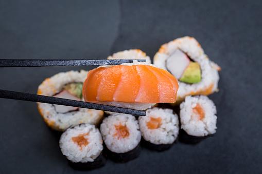 Stuffing - Food「Variety of sushi」:スマホ壁紙(18)