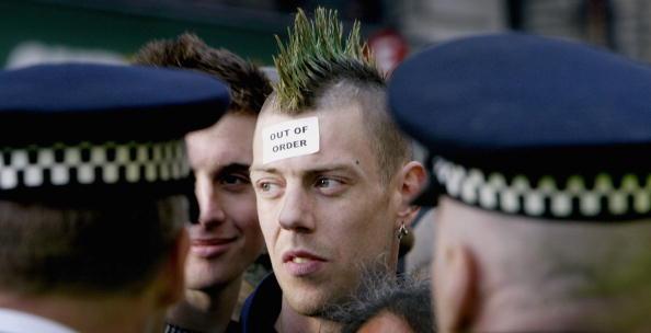 Mohawk「May Day Demonstrations In London」:写真・画像(11)[壁紙.com]