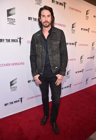 "Fully Unbuttoned「Premiere Of Sony Pictures Home Entertainment And Off The Dock's ""Cover Versions"" - Red Carpet」:写真・画像(17)[壁紙.com]"