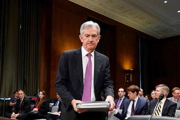 Joshua Roberts「Federal Reserve Chairman Jerome Powell Testifies Before Senate Banking Committee」:写真・画像(6)[壁紙.com]