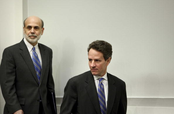 Treasury - Finance and Government「Geithner And Bernanke Testify Before House Panel On AIG's Impact On Economy」:写真・画像(11)[壁紙.com]