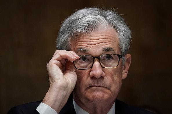 Chair「Treasury Secretary Mnuchin And Fed Chair Powell Testify On CARES Act Before Senate」:写真・画像(0)[壁紙.com]