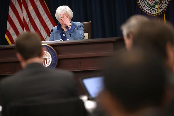 成長「Fed Chair Janet Yellen Holds News Conference On Interest Rate Decision」:写真・画像(15)[壁紙.com]