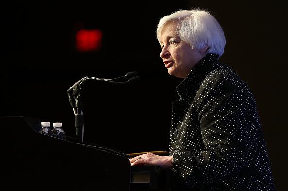 Finance and Economy「Fed Chair Janet Yellen Addresses Economic Club Of Washington D.C.」:写真・画像(14)[壁紙.com]