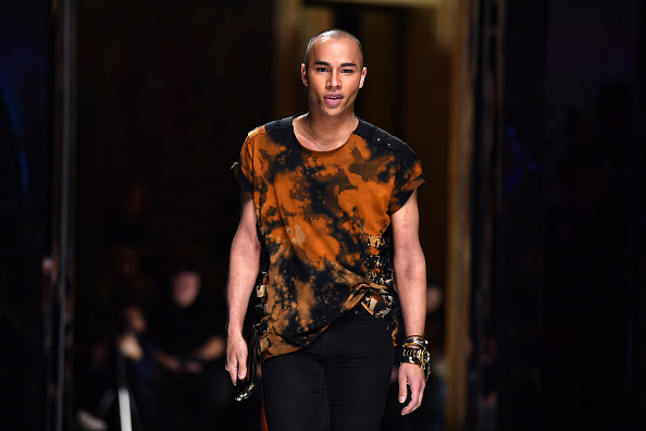 Olivier Rousteing - Fashion Designer「Balmain : Runway - Paris Fashion Week Womenswear Fall/Winter 2017/2018」:写真・画像(4)[壁紙.com]