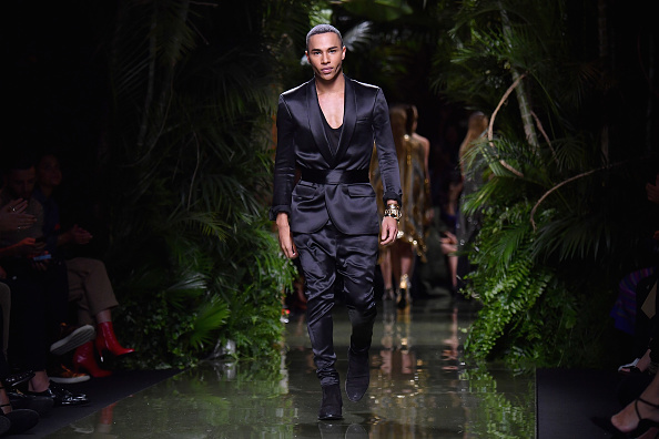 Olivier Rousteing - Fashion Designer「Balmain : Runway - Paris Fashion Week Womenswear Spring/Summer 2017」:写真・画像(9)[壁紙.com]
