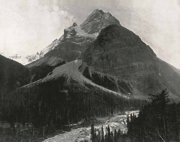 Yoho National Park「The Rockies: Mount Stephen」:写真・画像(0)[壁紙.com]