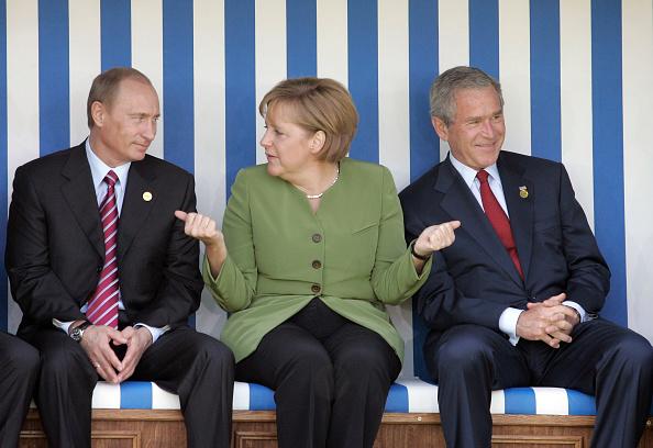 G8「G8 Summit - Day 1」:写真・画像(2)[壁紙.com]