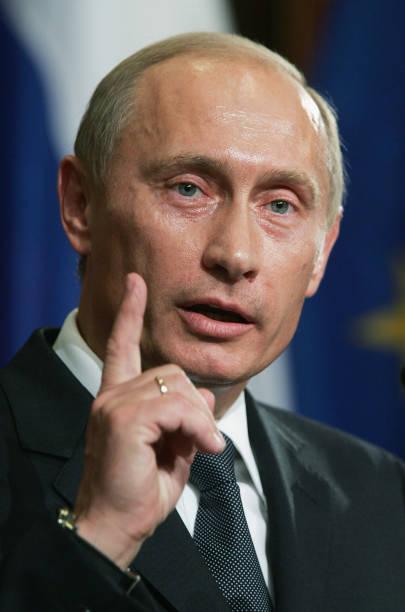 Schroeder Meets Putin:ニュース(壁紙.com)