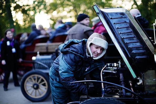 Waiting「London To Brighton Veteran Car Rally」:写真・画像(0)[壁紙.com]