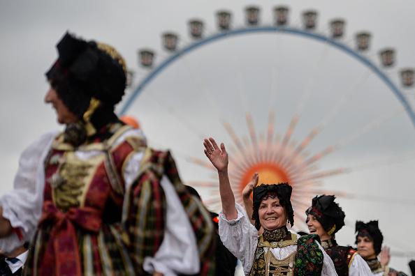 Philipp Guelland「Oktoberfest 2015 - General Features Day 2」:写真・画像(9)[壁紙.com]