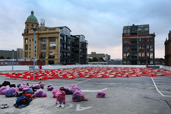 Installation Art「Spencer Tunick Creates Nude Art Installation In Melbourne」:写真・画像(11)[壁紙.com]