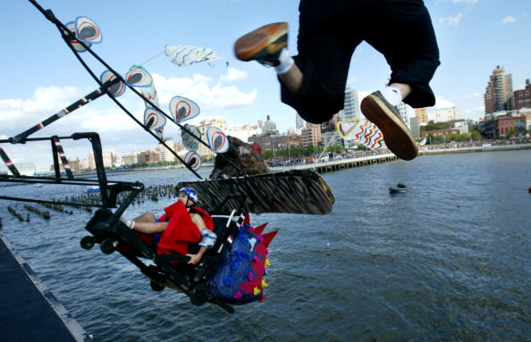 "Hudson River Park「""Flugtag"" Flying Day in New York」:写真・画像(17)[壁紙.com]"