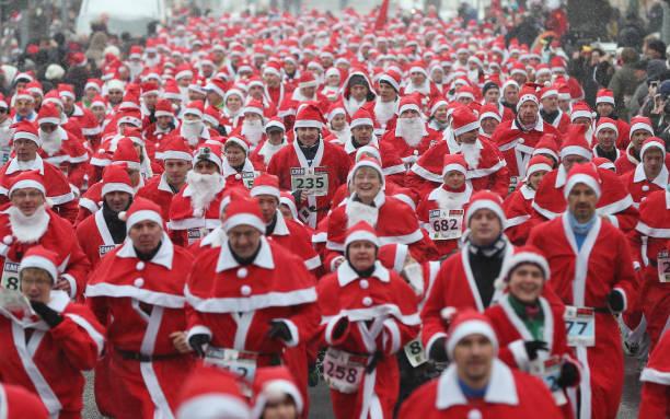 Annual Michendorf Santa Run:ニュース(壁紙.com)