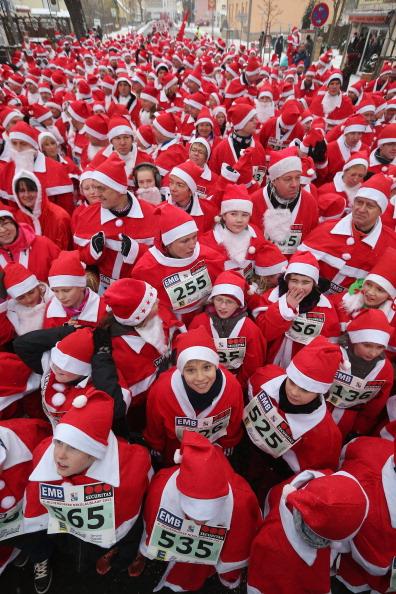 Participant「Annual Michendorf Santa Run」:写真・画像(1)[壁紙.com]