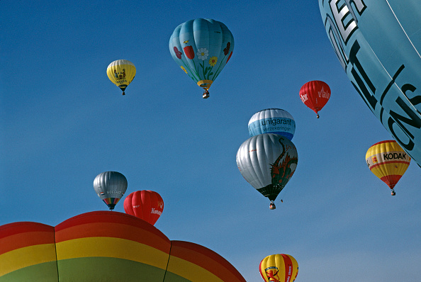 Extreme Sports「Chateau d'Oex Balloon Festival」:写真・画像(6)[壁紙.com]