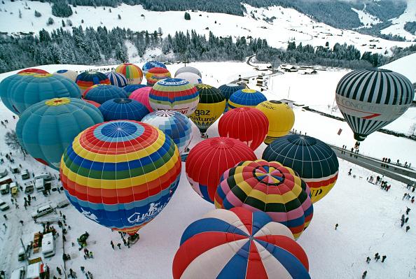 Vaud Canton「Chateau d'Oex Balloon Festival」:写真・画像(16)[壁紙.com]