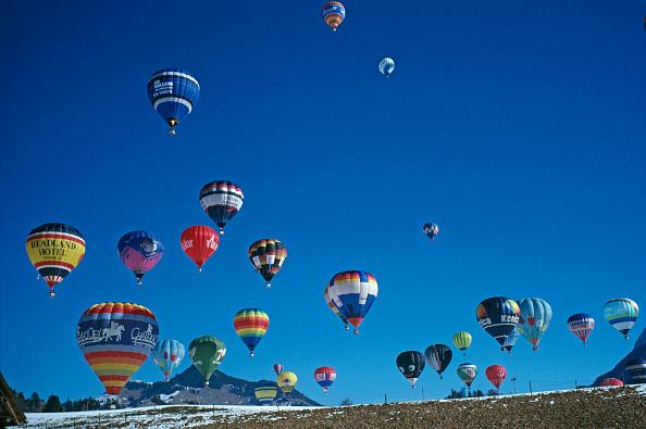 Vaud Canton「Chateau d'Oex Balloon Festival」:写真・画像(14)[壁紙.com]