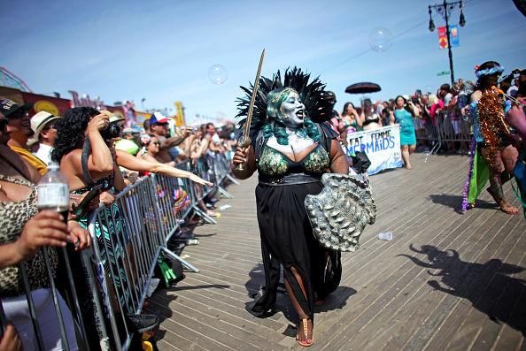 Amusement Park「Annual Mermaid Parade Held In Coney Island」:写真・画像(17)[壁紙.com]