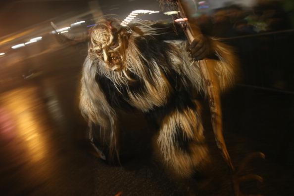 Austria「Krampus Creatures Parade In Search Of Bad Children」:写真・画像(11)[壁紙.com]