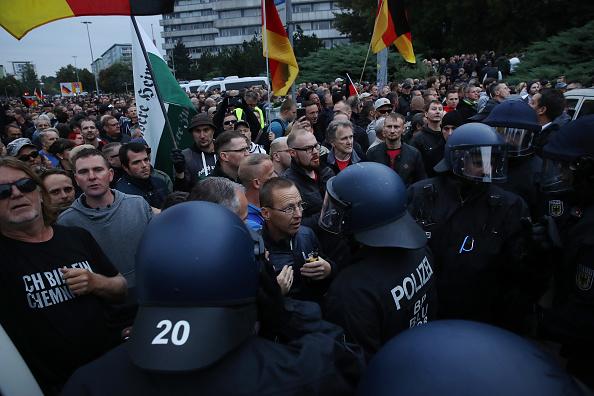 Confrontation「Protests Continue In Chemnitz」:写真・画像(14)[壁紙.com]