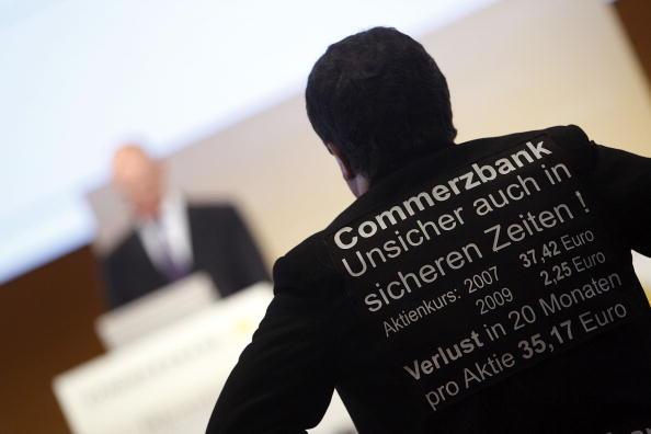 Corporate Business「Commerzbank Shareholders Meeting」:写真・画像(5)[壁紙.com]