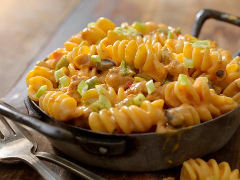 Chili Con Carne「Cheesy, Chili Rotini」:スマホ壁紙(10)