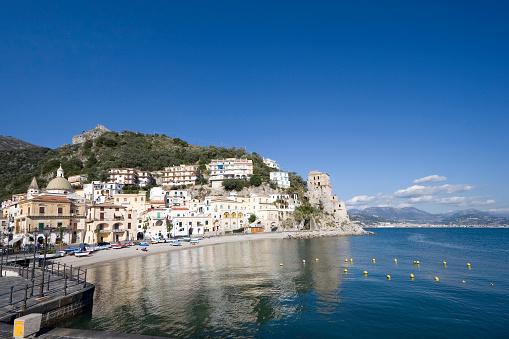 アマルフィ海岸「Cetara (小さな町でアマルフィ海岸、イタリア)」:スマホ壁紙(17)