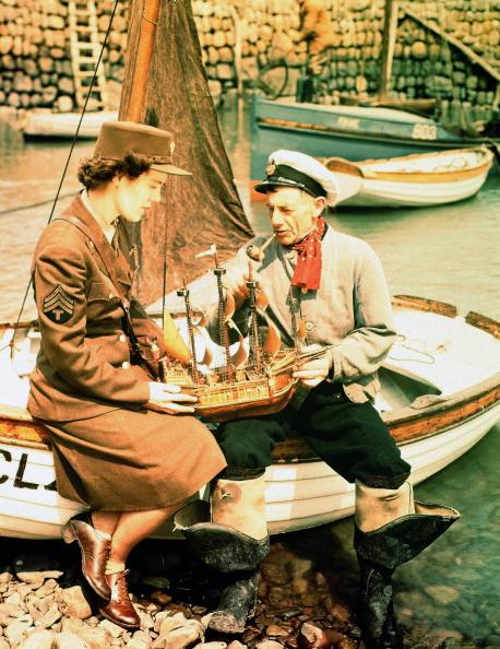 Fisherman「Women's Army Corps」:写真・画像(12)[壁紙.com]
