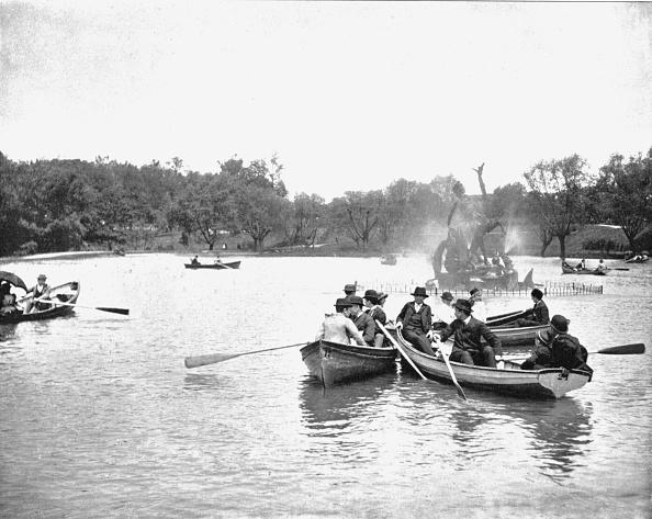 Rowboat「Lake In Wade Park」:写真・画像(7)[壁紙.com]
