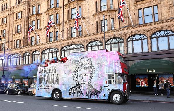 20th Anniversary「Princess Diana 20 Year Anniversary Tribute - Photocall」:写真・画像(5)[壁紙.com]