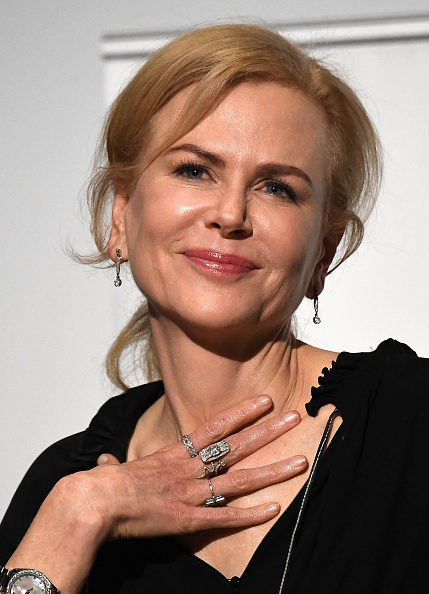 カメラ目線「Australians In Film Presents 'Lion' Screening And Q&A With Nicole Kidman, Dev Patel, Luke Davis And Garth Davies」:写真・画像(10)[壁紙.com]