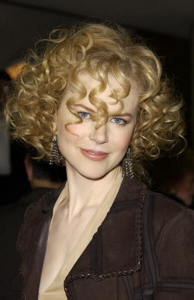 Curly Hair「Nicole Kidman At World Premiere Of The Hours」:写真・画像(17)[壁紙.com]