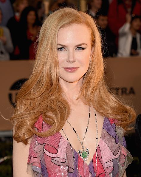 ペンダント「The 22nd Annual Screen Actors Guild Awards - Arrivals」:写真・画像(17)[壁紙.com]