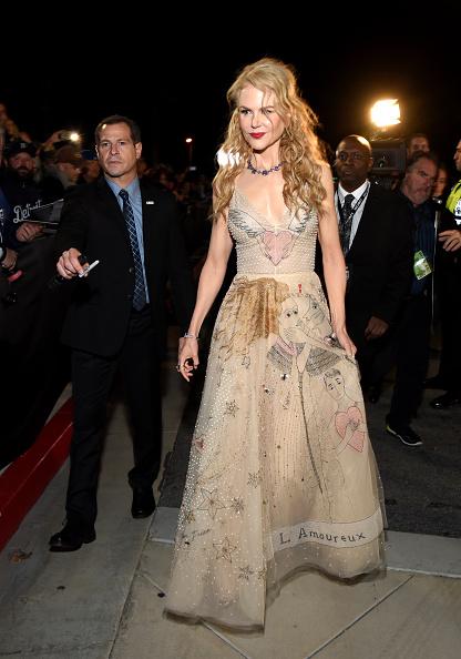 Nude Colored Dress「28th Annual Palm Springs International Film Festival - Red Carpet」:写真・画像(18)[壁紙.com]