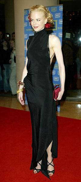 Red Purse「Actress Nicole Kidman attends the 2003 Presentation of the 18th Annual American Cinematheque Award 」:写真・画像(18)[壁紙.com]