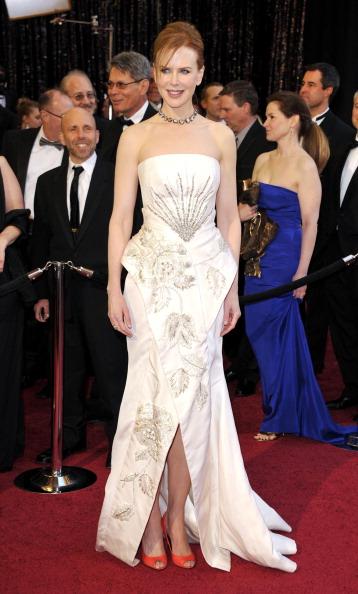 Bangs「83rd Annual Academy Awards - Arrivals」:写真・画像(18)[壁紙.com]