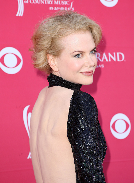 Halter Top「44th Annual Academy Of Country Music Awards - Arrivals」:写真・画像(10)[壁紙.com]