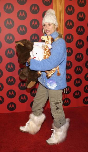 Stuffed「CA: Motorola Hosts Sixth Anniversary Party - Arrivals」:写真・画像(6)[壁紙.com]