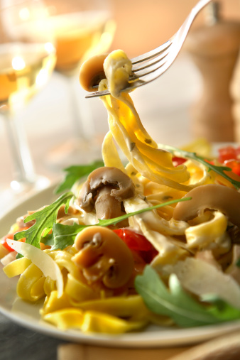 Fork「Italian Stills: Tagliatelle with Mushrooms」:スマホ壁紙(8)