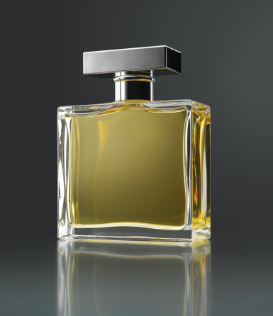 High Society「Perfume bottle」:スマホ壁紙(6)
