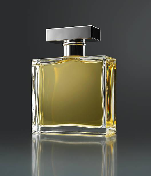 Perfume bottle:スマホ壁紙(壁紙.com)