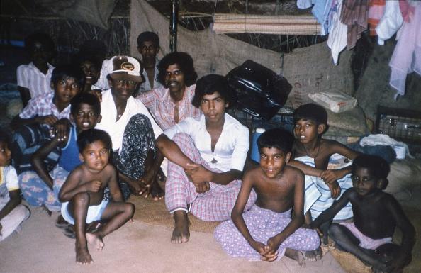 カメラ目線「Civil War In Sri Lanka」:写真・画像(6)[壁紙.com]