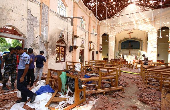 Exploding「Multiple Explosions Hit Sri Lanka On Easter Sunday」:写真・画像(10)[壁紙.com]