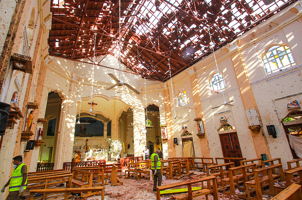 Exploding「Multiple Explosions Hit Sri Lanka On Easter Sunday」:写真・画像(12)[壁紙.com]