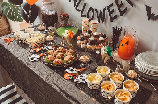 Halloween party「Halloween food table」:スマホ壁紙(16)