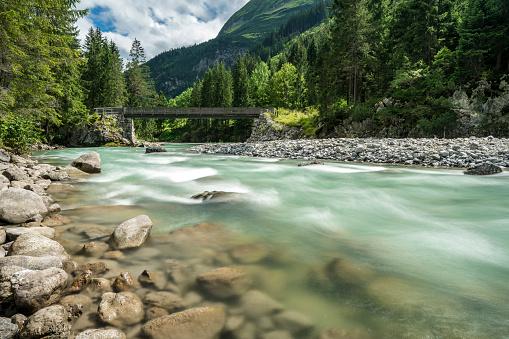 Lech Valley「Austria, Vorarlberg, Lech Valley, Lech river」:スマホ壁紙(11)