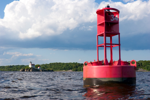 Buoy「Red buoy and white lighthouse in Rhode Island」:スマホ壁紙(19)