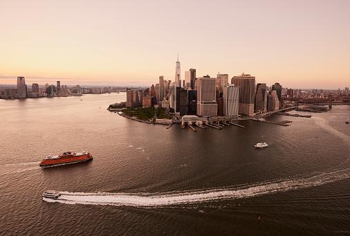 Awe「Aerial New York City - Downtown/Battery?Financial District」:スマホ壁紙(18)